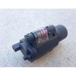 Linterna LED estilo M6 negra para pistola con láser rojo